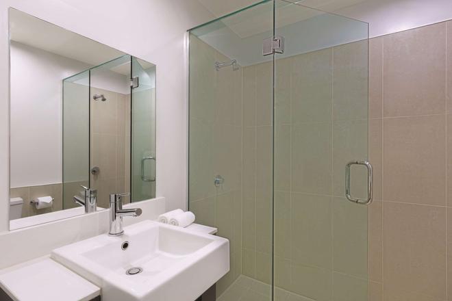奧克蘭布里特馬特阿迪娜公寓式酒店 - 奥克蘭 - 奧克蘭 - 浴室