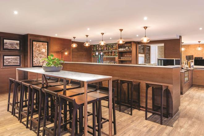 奧克蘭布里特馬特阿迪娜公寓式酒店 - 奥克蘭 - 奧克蘭 - 酒吧