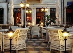 Civitas Boutique Hotel - Rétino - Edificio