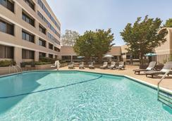 Radisson Hotel Sunnyvale - Silicon Valley - Sunnyvale - Piscine