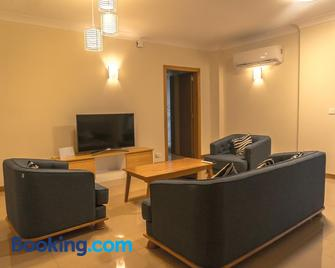Citadelle Mall Apartments - Port Louis - Living room