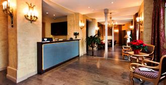 Hotel de l'Empereur - Paris - Resepsjon