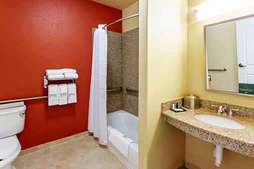 Sleep Inn & Suites Tyler South - Tyler - Bathroom