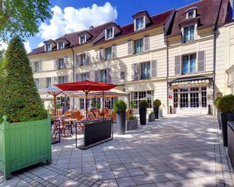 Mercure Rambouillet Relays Du Chateau - Rambouillet - Building