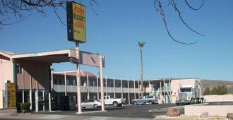 Astro Budget Motel - Barstow - Outdoors view