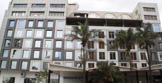 Best Western Plus Meridian Hotel - Nairobi - Rakennus