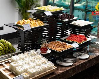 Hotel Queen Mandalay - Mandalaj - Buffet