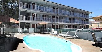 Sea Gem Motel and Apartments - Seaside Heights - Building