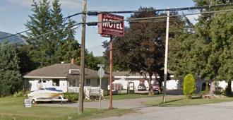 Apple Grove Motel & Rv Park - Salmon Arm