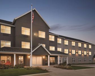 Country Inn & Suites by Radisson, Cedar Falls, IA - Cedar Falls - Gebouw