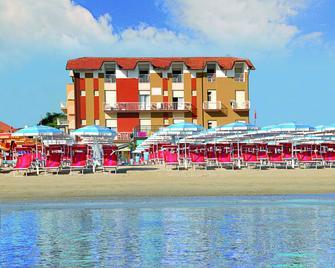Hotel Marina - Gatteo a Mare - Building
