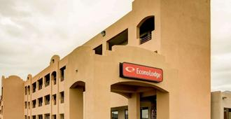 Econo Lodge East - Alburquerque - Edificio