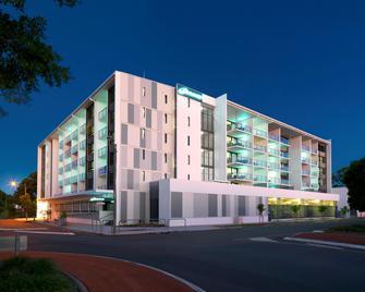 Oaks Mackay Carlyle Suites - Mackay - Building
