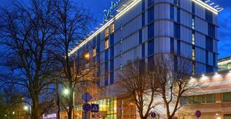 Radisson Blu Hotel, Kaliningrad - Kaliningrado - Edificio