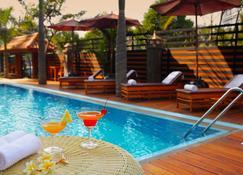 Ayarwaddy River View Hotel - Mandalay - Pool