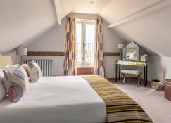 Crown and Castle - Woodbridge - Bedroom