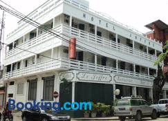 Hotel Joffre - Toamasina - Edificio