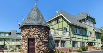 Svendsgaard's Danish Lodge Americas Best Value Inn - Solvang - Bygning