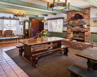 Svendsgaard's Danish Lodge Americas Best Value Inn - Solvang - Spisestue