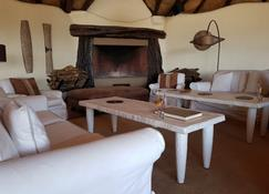 Olarro Lodge - Maasai Mara - Living room
