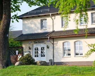 Hotel Wirtshaus & Pension Zum Hammer - Spremberg - Building