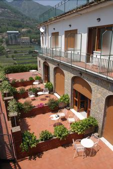 Residence Le Villette - Ravello - Hàng hiên