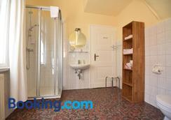 Pension Villa Gisela - Weimar - Bathroom