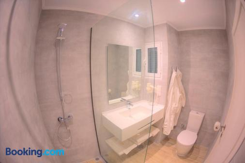 Elea Beach Hotel - Corfu - Bathroom