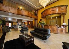 Comfort Suites - Bay City - Lobby