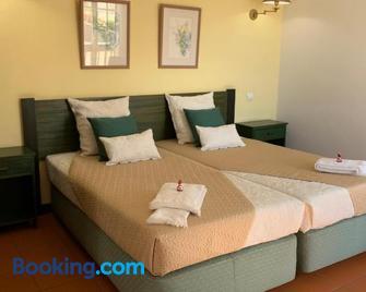 Apart-Hotel Vale Mar - Ribeira Brava - Bedroom