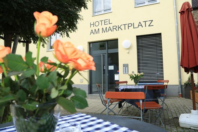Hotel am Marktplatz - Gangkofen - Patio