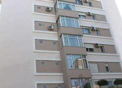 Idea Hotel - Tirana - Edificio