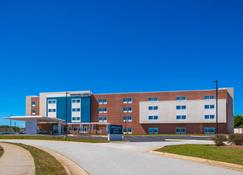 SpringHill Suites by Marriott Greensboro Airport - Greensboro - Budynek
