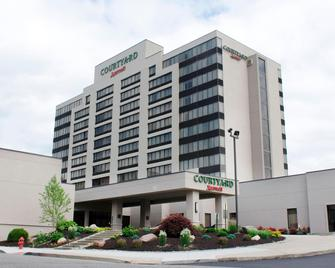 Courtyard by Marriott Waterbury Downtown - Вотербері - Building