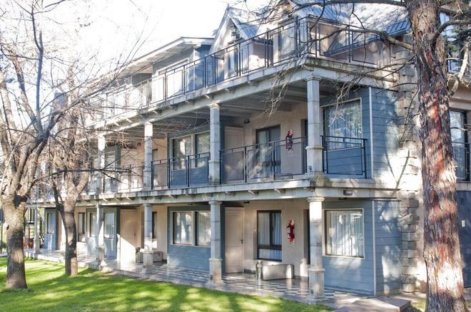 Atelier Hotel de Charme - Villa General Belgrano - Gebäude