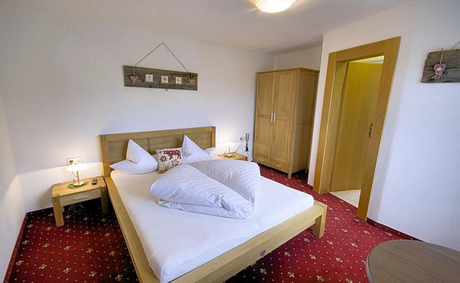 Gästehaus Hackl - Oetz - Bedroom
