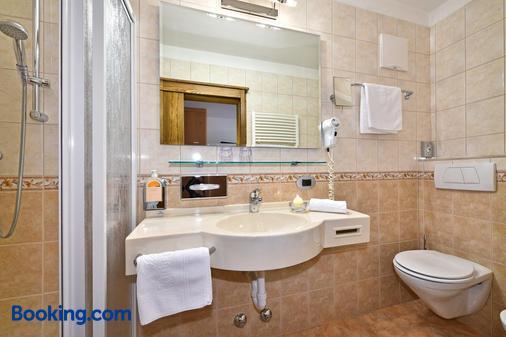 Hotel Hubertushof - Natz-Schabs - Bathroom