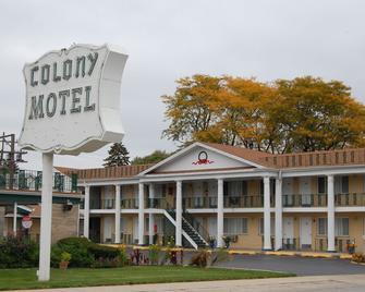Colony Motel - Brookfield - Edificio