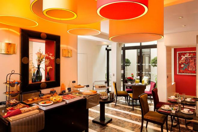 Hotel Chaplain - Paris - Buffet