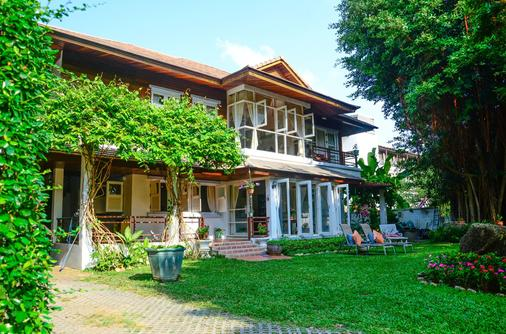 Banyan House Samui Bed and Breakfast - Koh Samui - Rakennus
