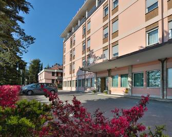 Best Western Hotel I Colli - Macerata - Building