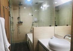 Toyoko Inn Daejeon Government Complex - Daejeon - Bathroom