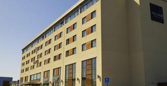 Village Hotel Swansea - Swansea - Edificio
