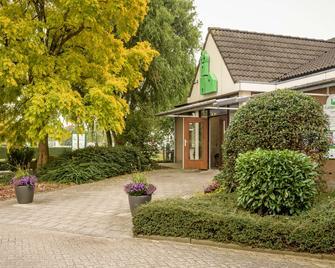 Hotel Campanile Gorinchem - Gorinchem - Gebouw