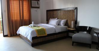 Bamboo Beach Resort - Boracay - Bedroom