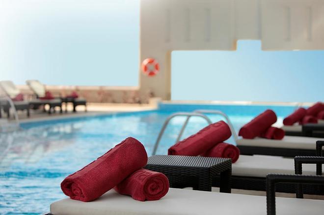 Media Rotana - Dubai - Svømmebasseng