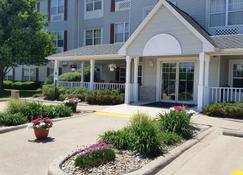 Country Inn & Suites Bloomington-Normal - Bloomington - Building