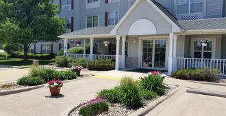 Country Inn & Suites Bloomington-Normal - Bloomington