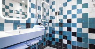ibis Styles Avignon Sud - Avignon - Bathroom