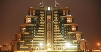 Elite Resort & Spa - מאנאמה